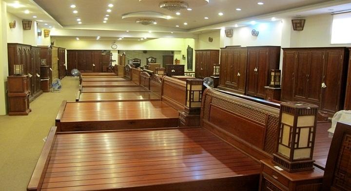 Showroom nội thất gỗ