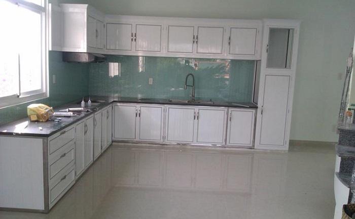 Tủ bếp nhôm kính - inox